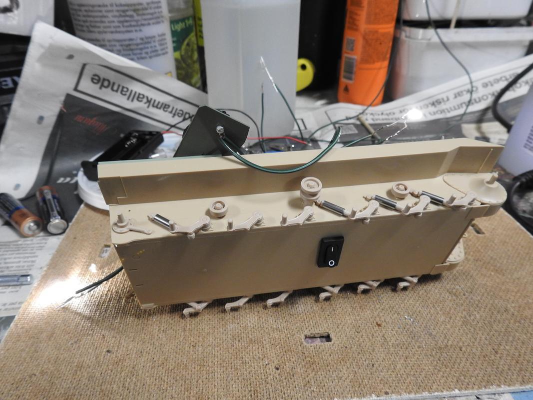 M3A3 Bradley TUSK III- Meng 1/35 - Sida 2 DSCN6068