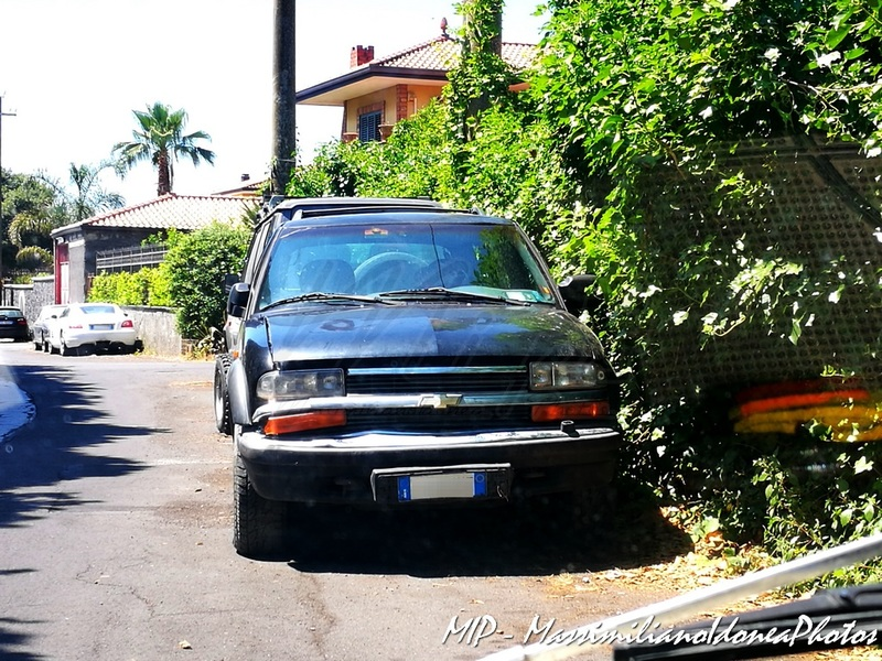 Auto Moderne - Pagina 14 Chevrolet_Blazer_4.3_193cv_CJ523_YE_1