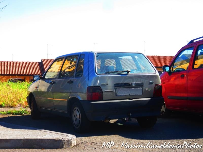avvistamenti auto storiche - Pagina 21 Fiat_Uno_Scioneri_1.1_50cv_92_AH170_YG_1