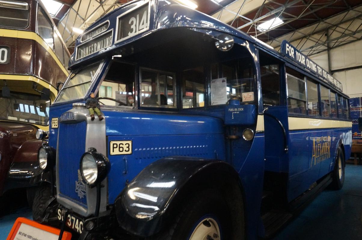 MAM visiting The Scottish Vintage Bus Museum. F126_AB58-5242-4_EB4-97_AF-2_A3_EFEE0_BEEC