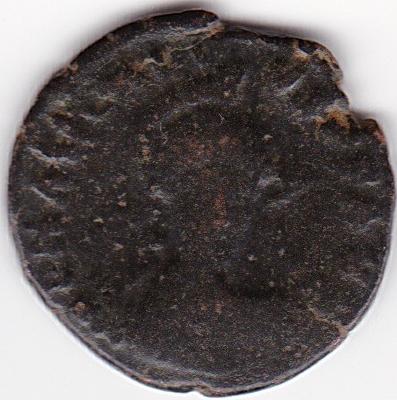 AE3 de Arcadio. CONCORDIA AVGG. Constantinopla en trono. Constantinopla IR78_A