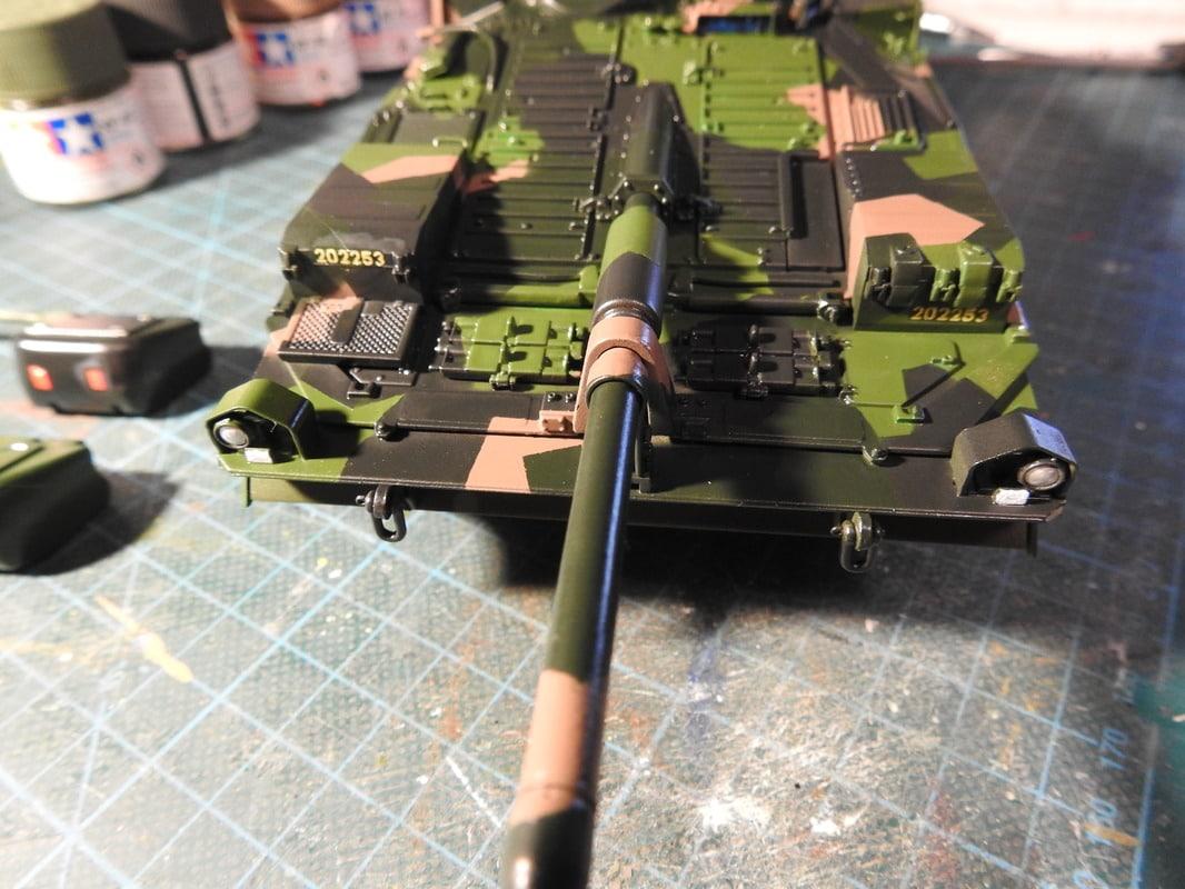 Strv 103C, Trumpeter 1/35 - Sida 2 DSCN1876