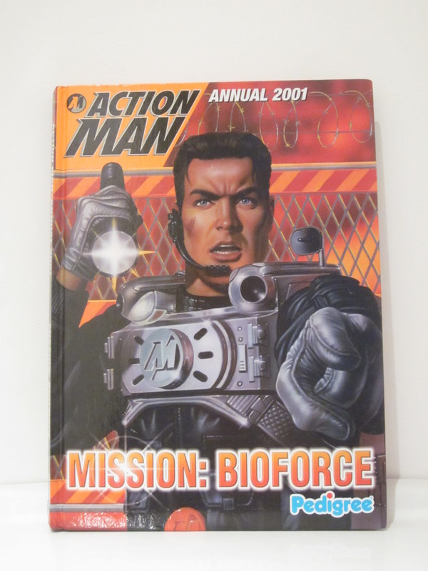 Action Man annuals and books IMG_3923