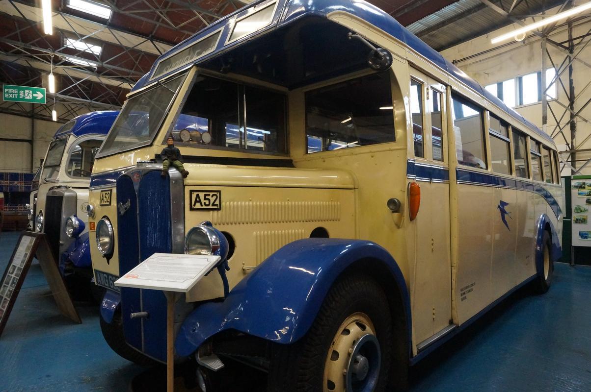 MAM visiting The Scottish Vintage Bus Museum. D6_DCDB73-9_D35-4377-805_A-2_D3361687_D3_B
