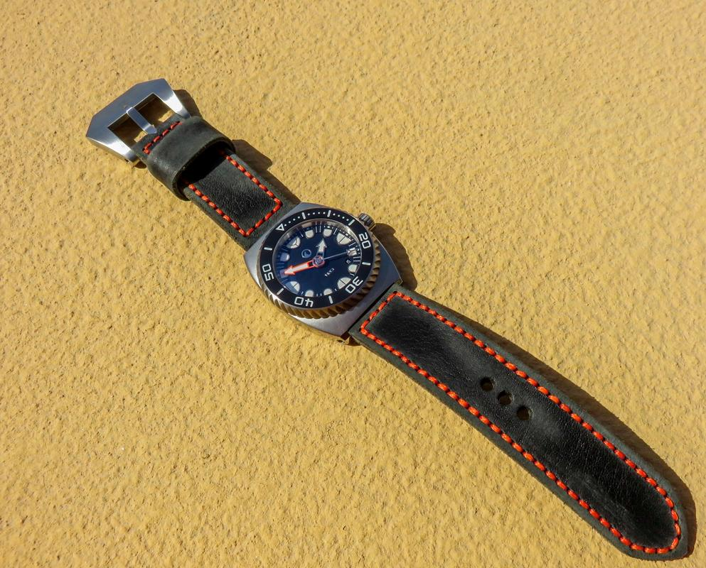 La montre du vendredi, le TGIF watch! - Page 31 IMG_7403_1_1600x1200