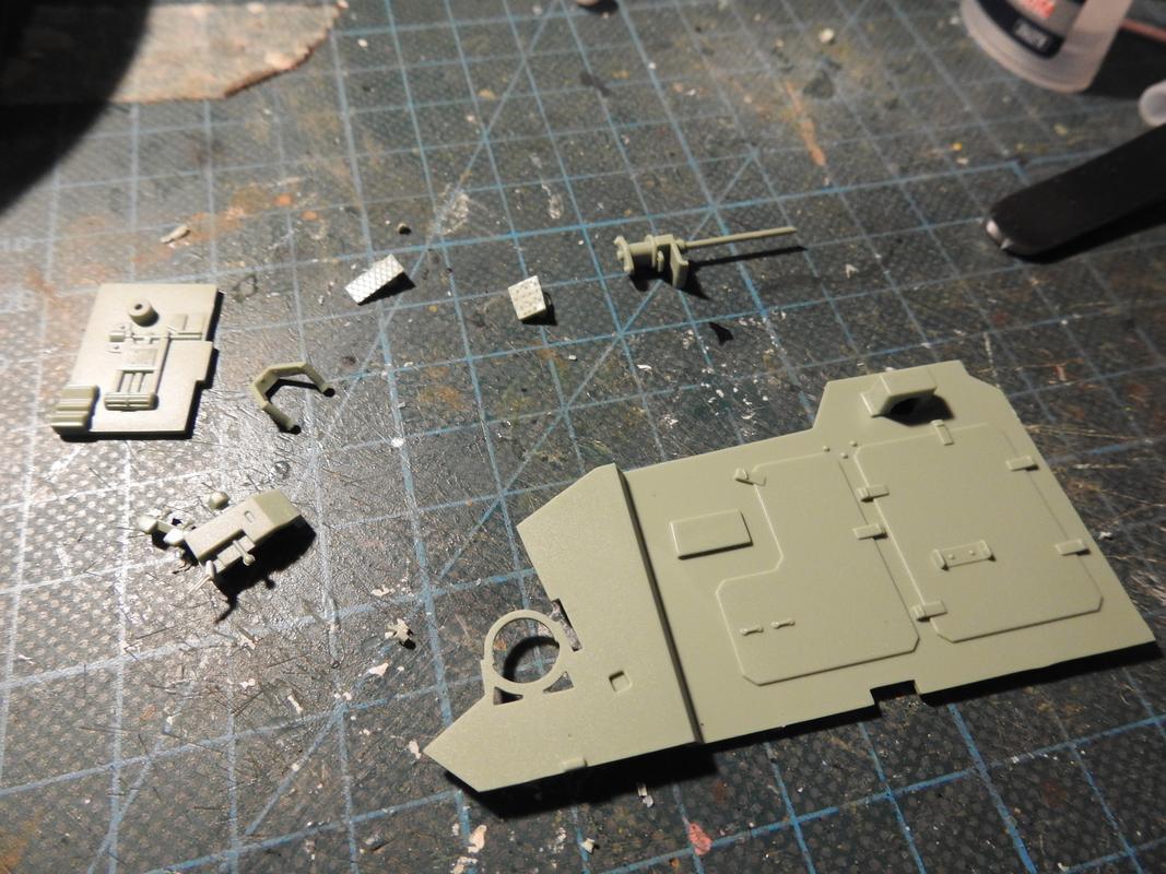 M3A3 Bradley TUSK III- Meng 1/35 - Sida 2 DSCN6024