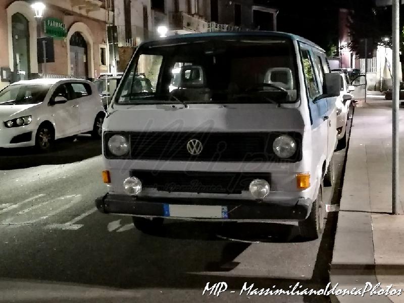 Veicoli commerciali e mezzi pesanti d'epoca o rari circolanti - Pagina 39 Volkswagen_T3_BM945_TP_1
