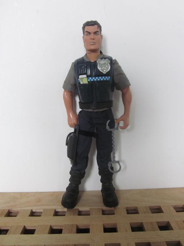 zombie slayers (Ackie88) Policeman
