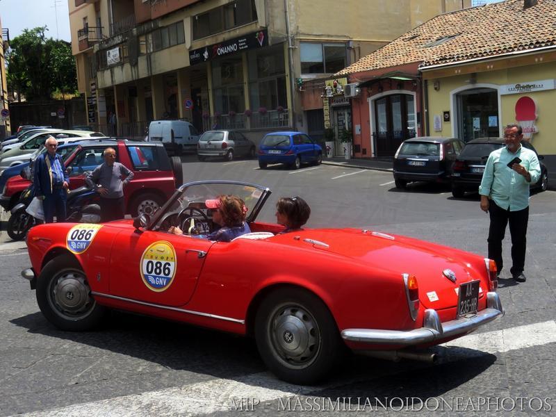 Giro di Sicilia 2017 - Pagina 3 Alfa_Romeo_Giulietta_Spider_AA235_HR