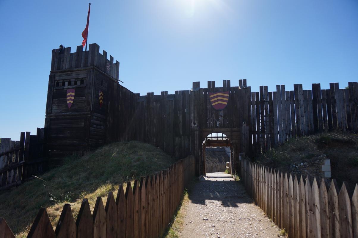 My MAM visiting Mountfitchet Castle. 0626_B53_F-_F667-4_F2_A-_B587-_C1286_FABC52_F