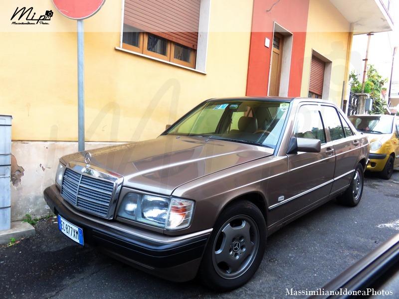 avvistamenti auto storiche - Pagina 3 Mercedes_W201_190_2.0_122cv_87_EC877_XM
