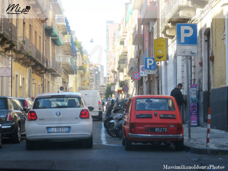 avvistamenti auto storiche - Pagina 5 Fiat_126_650_22cv_77_CL085270