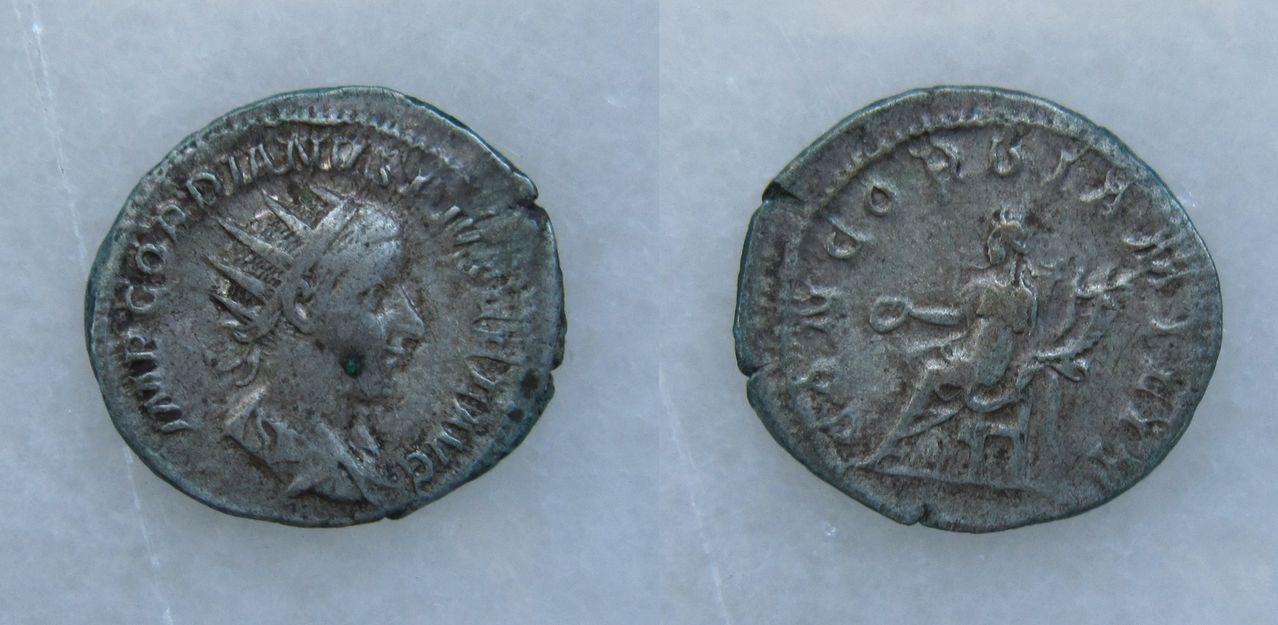 Antoniniano de Gordiano III. CONCORDIA MILIT. Roma Antoniniano_Gordiano_III_CONCORDIA_MILIT