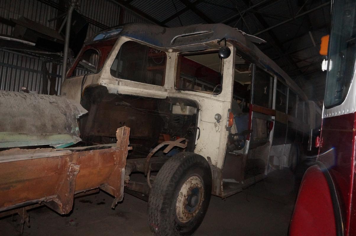 MAM visiting The Scottish Vintage Bus Museum. 586_AC87_C-_B886-4_EC9-_BE17-05_E80_C8_E2_C8_A