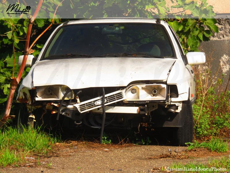Auto Abbandonate Ford_Sierra_2