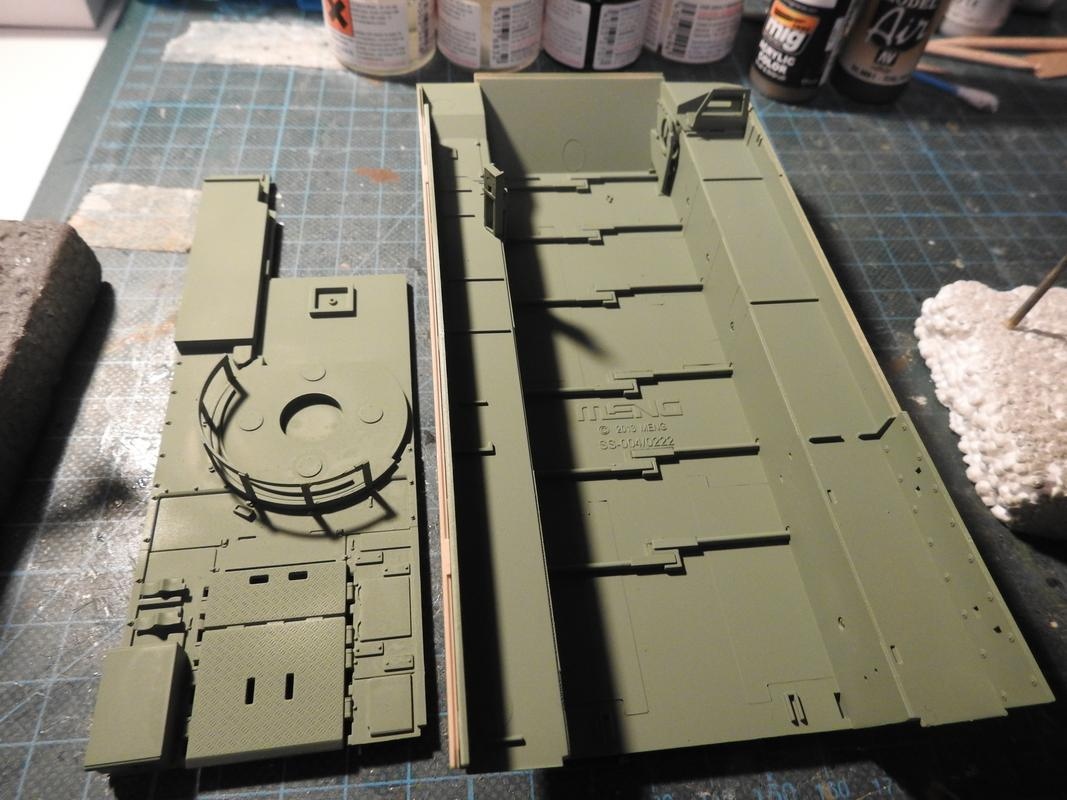 M3A3 Bradley TUSK III- Meng 1/35 DSCN6008