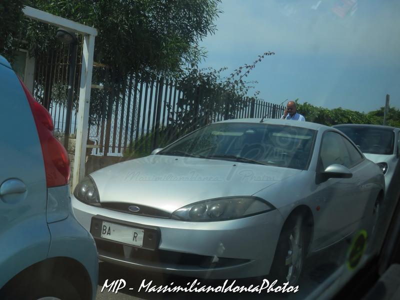 Avvistamenti di auto con un determinato tipo di targa - Pagina 16 Ford_Cougar_V6_2.5_170cv_27_NOVEMBRE_98_BA098_RV_181.653_-_4-05