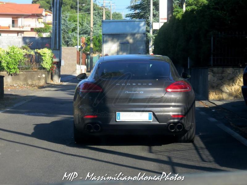 Avvistamenti auto rare non ancora d'epoca Porsche_Panamera_4_S_3.0_420cv_16_FD599_SE_1