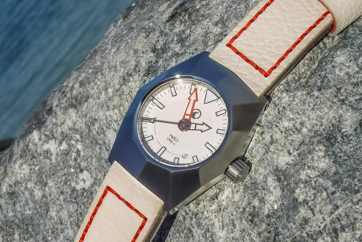 Votre montre du jour - Page 6 DSCF2346_1600x1200