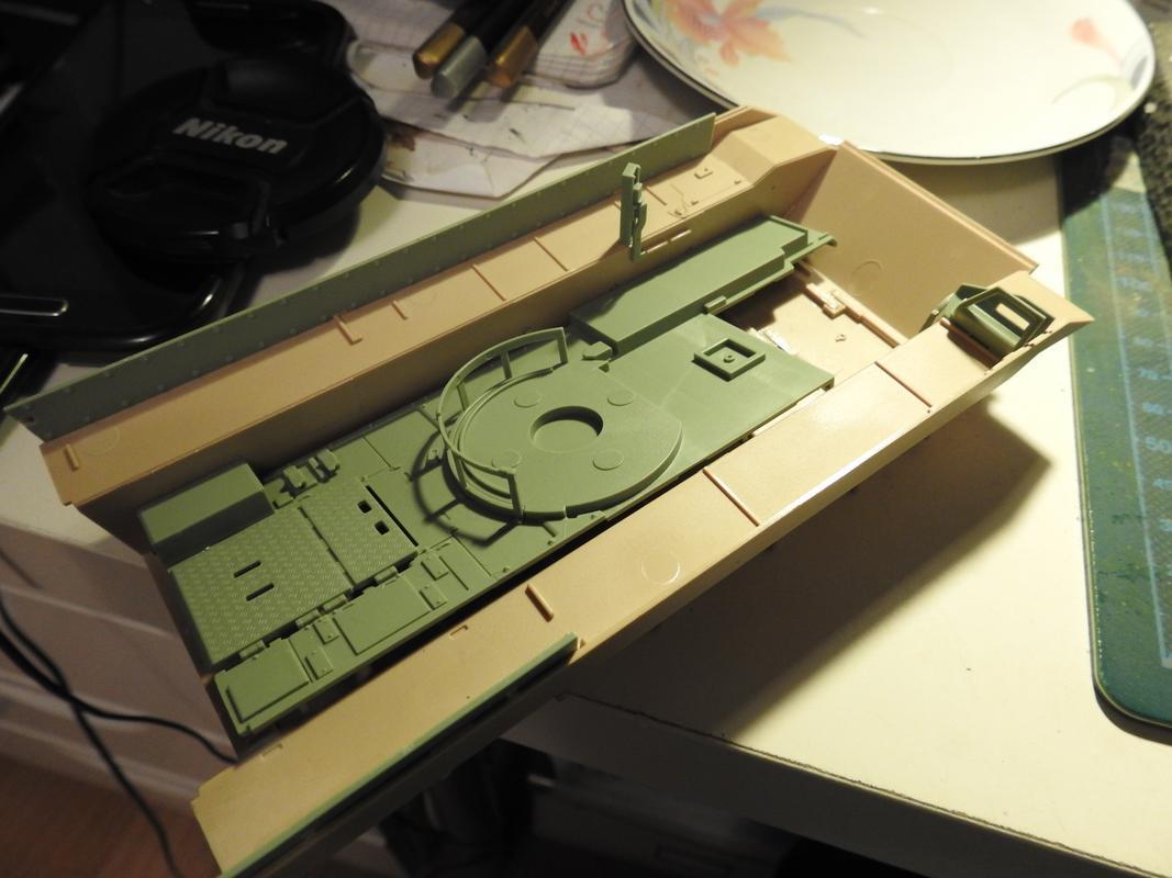 M3A3 Bradley TUSK III- Meng 1/35 DSCN5983