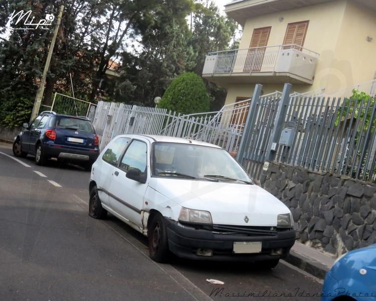 Auto Abbandonate - Pagina 37 Renault_Clio_1.2_58cv_90_CT938094_188.900_-_2-07-2015