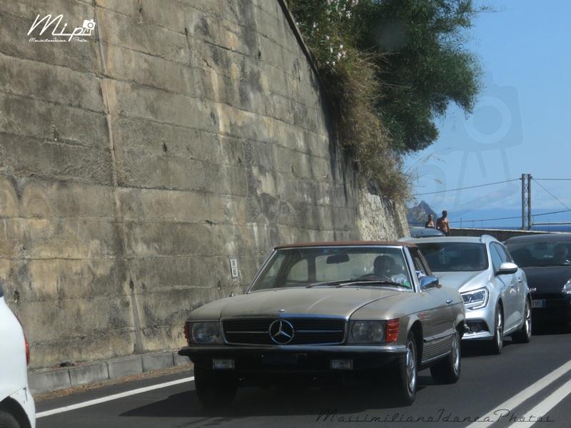 avvistamenti auto storiche - Pagina 38 Mercedes_R107_350_SL_3.5_71_CT267830
