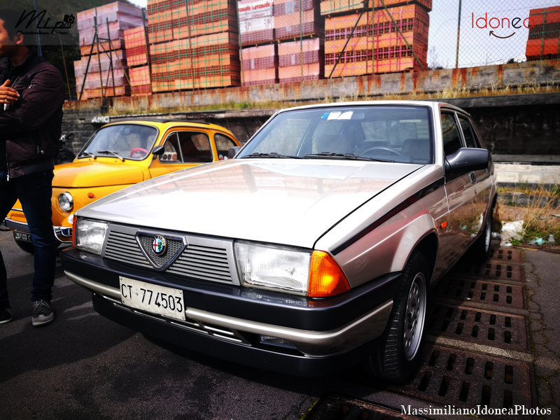 Parking Vintage Alfa_Romeo_75_1.6_110cv_87_CT774503_4
