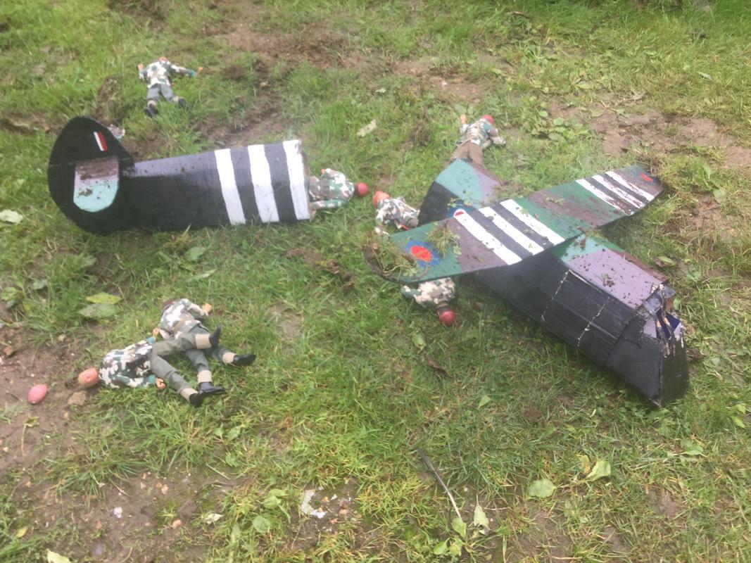 Crash landing..!!!   Operation market garden. Episode 1 IMG_5765