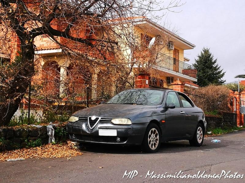 Auto Abbandonate - Pagina 40 Alfa_Romeo_156_JTD_2_4_136cv_98_AR640_PF