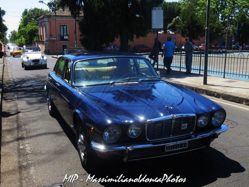 1° Raduno Auto d'Epoca - Gravina e Mascalucia Jaguar_XJ_4.2_171cv_77_FIA31112