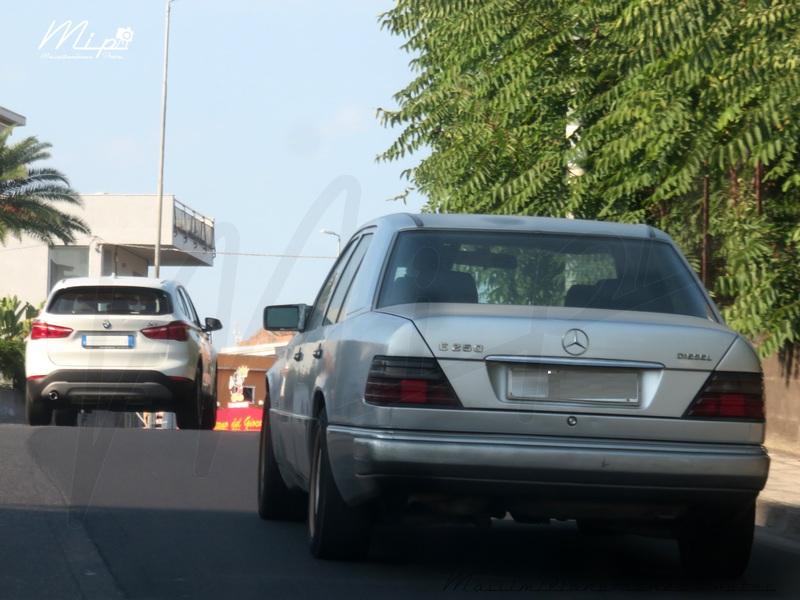 avvistamenti auto storiche - Pagina 39 Mercedes_W124_E_250_Diesel_2.5_90cv_92_CT995214_490.618_-_14-0