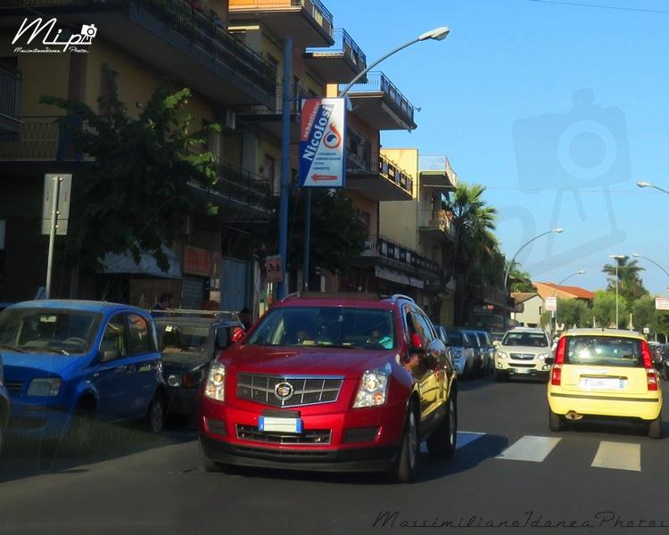 Auto Moderne - Pagina 15 Cadillac_SRX_FC800_RX