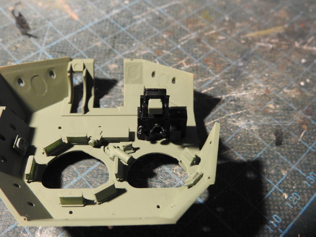 M3A3 Bradley TUSK III- Meng 1/35 - Sida 4 DSCN6332