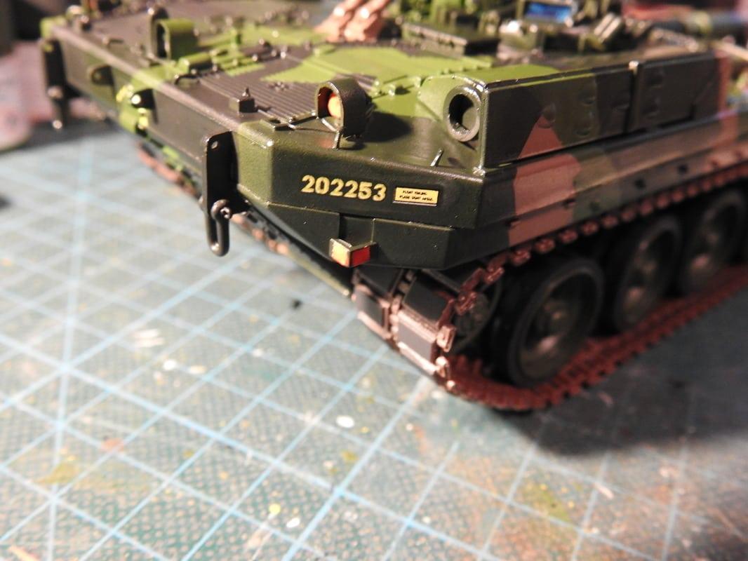 Strv 103C, Trumpeter 1/35 - Sida 2 DSCN1883