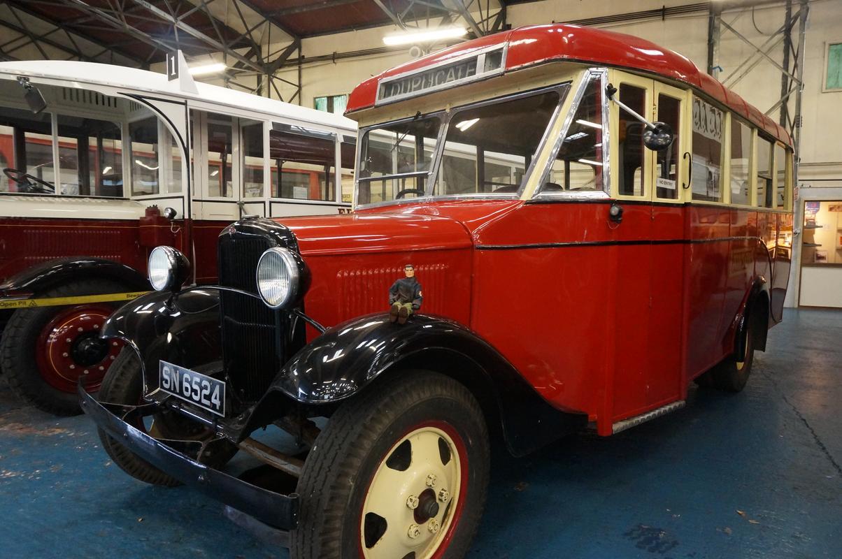 MAM visiting The Scottish Vintage Bus Museum. 62_C04_BD3-6787-4317-80_D0-49647710_A626