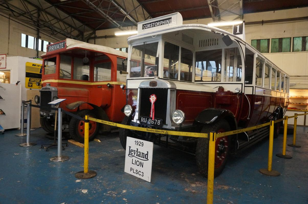 MAM visiting The Scottish Vintage Bus Museum. 2_AD88_A9_E-_B0_AD-46_A3-_A1_F0-_C462626_D016_B
