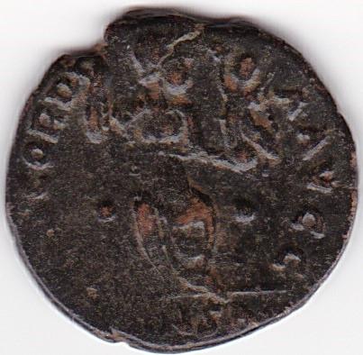 AE3 de Arcadio. CONCORDIA AVGG. Constantinopla en trono. Constantinopla IR78_B