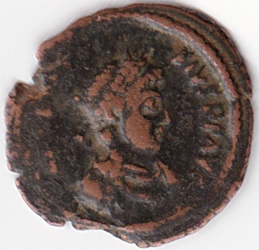 AE4 de Teodosio I. VOT X MVLT XX. Antioquía IR74_A