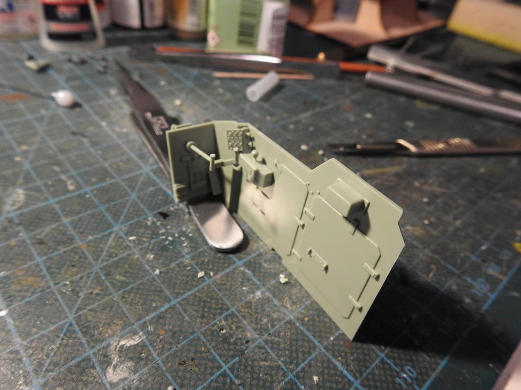 M3A3 Bradley TUSK III- Meng 1/35 - Sida 2 DSCN6029