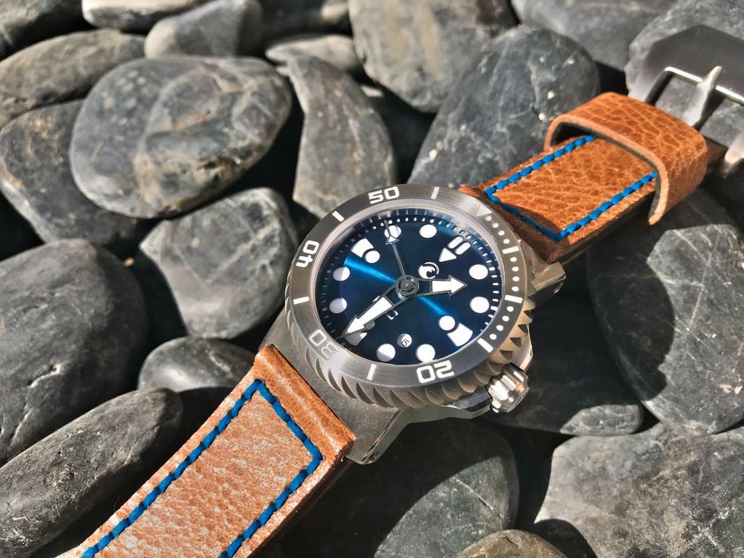 La montre du vendredi, le TGIF watch! - Page 29 IMG_1636-2_1_1600x1200