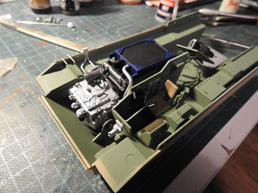 M3A3 Bradley TUSK III- Meng 1/35 - Sida 2 DSCN6070