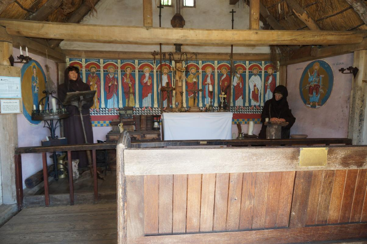 My MAM visiting Mountfitchet Castle. BABD6_F19-_BF71-4_A89-_BCED-_EF7_C552_DF526