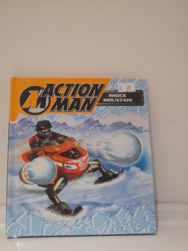 Action Man annuals and books - Page 2 IMG_4369