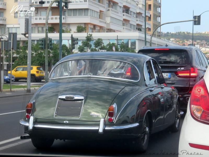 avvistamenti auto storiche Jaguar_240_2.5_RMU21636_1