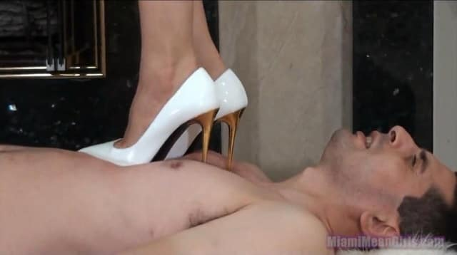 Goddesses like when you beg for mercy Clip_011796_mp4_snapshot_04_36_2014_08_23_22_55