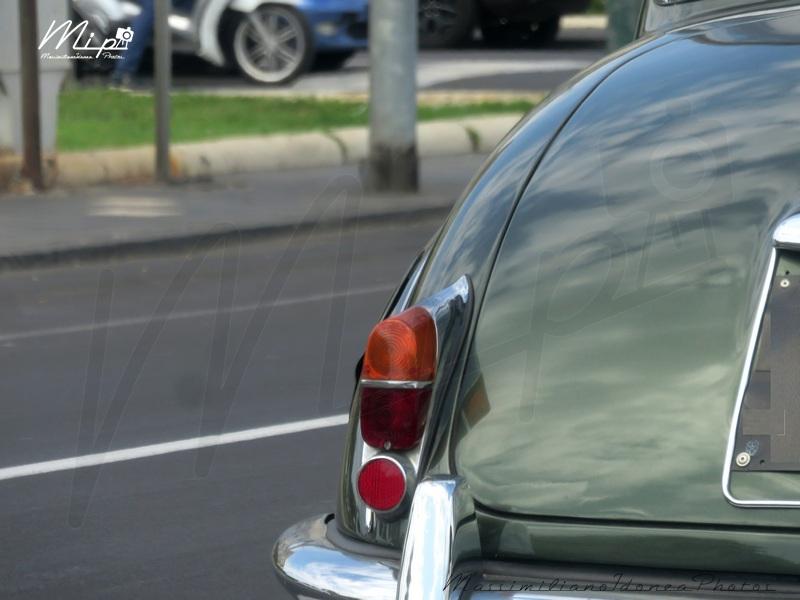 avvistamenti auto storiche Jaguar_240_2.5_RMU21636_2