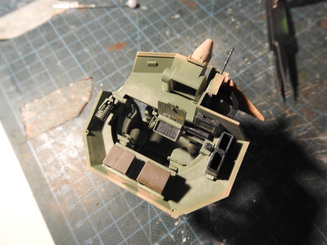 M3A3 Bradley TUSK III- Meng 1/35 - Sida 4 DSCN6411