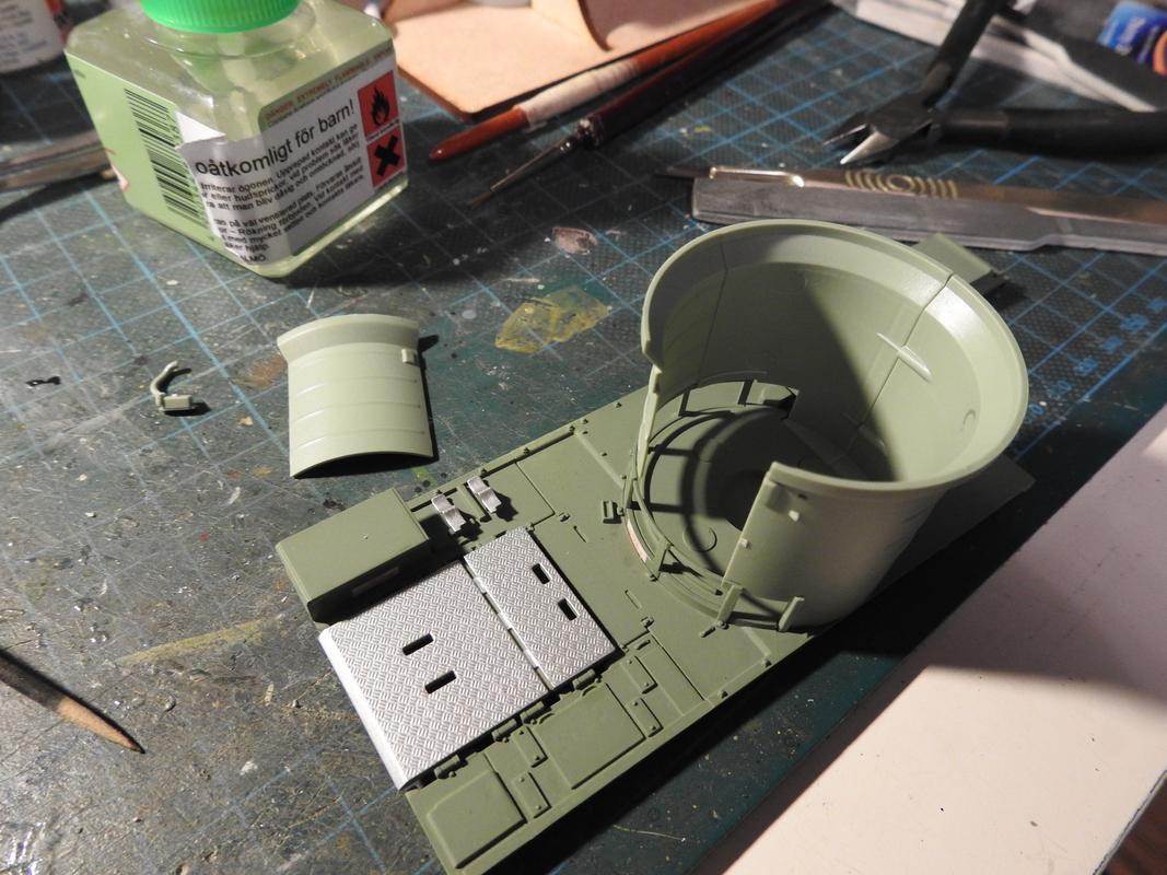 M3A3 Bradley TUSK III- Meng 1/35 - Sida 2 DSCN6041
