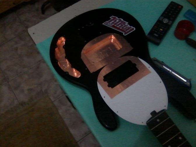 Eu mesmo Luthier no meu Precision Squier - Processo e dúvidas Blind_tbm