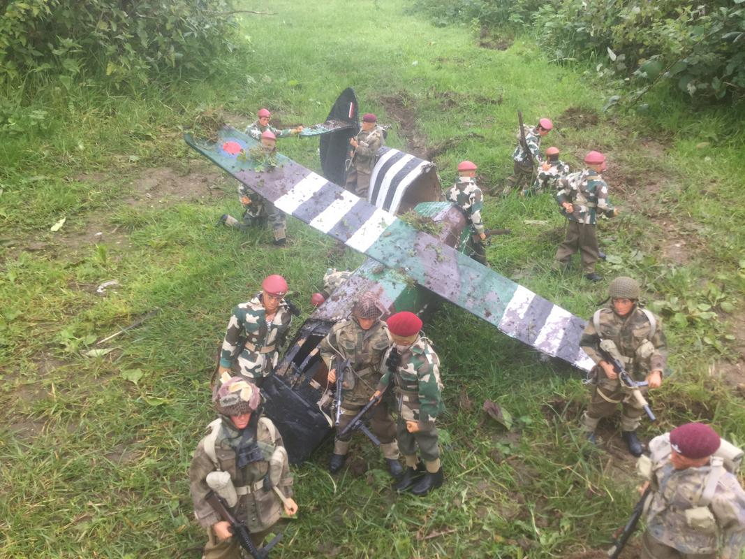Crash landing..!!!   Operation market garden. Episode 1 IMG_5773